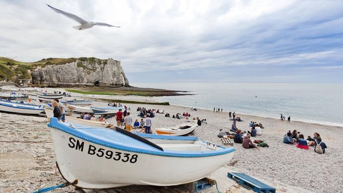 Sur la plage d'Etretat. © Zangl Hugo