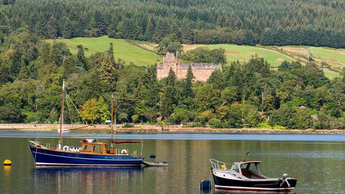La baie de Brodick, sur l'île d'Arran, dans le Firth of Clyde. ©piepette-Fotolia