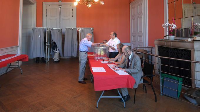 Un bureau de vote de Strasbourg. Heure creuse.