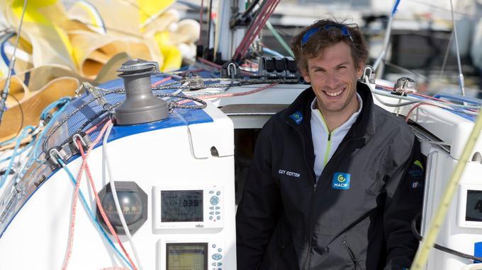 Le parcours de ce jeune Normand de 33 ans, champion de France de course au large, force déjà le respect.