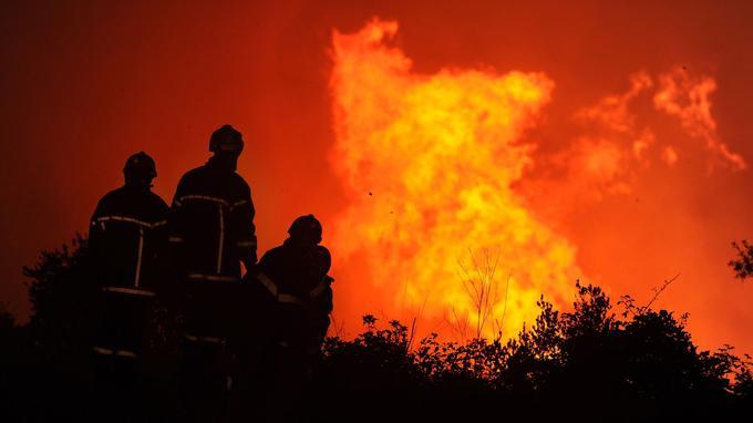 Incendies près de Montpellier. <i>PASCAL GUYOT / AFP</i>