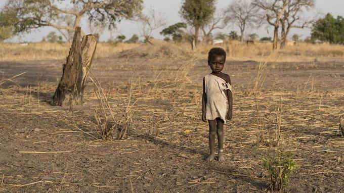 Un enfant sud-soudanais près de la ville d'Aweil, le 10 mars.
