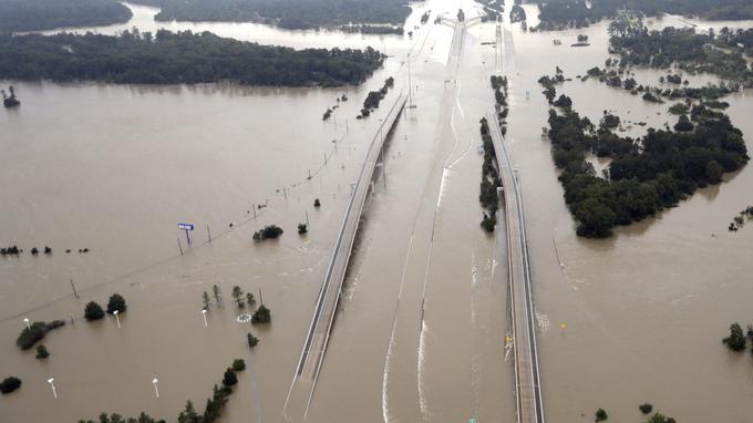 Les inondations aux abords de Houston. <i>Crédits photo: AP Photo/David J. Phillip</i>
