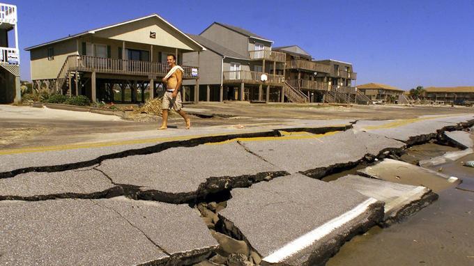 Après le passage de l'ouragan Floyd, en 1999.