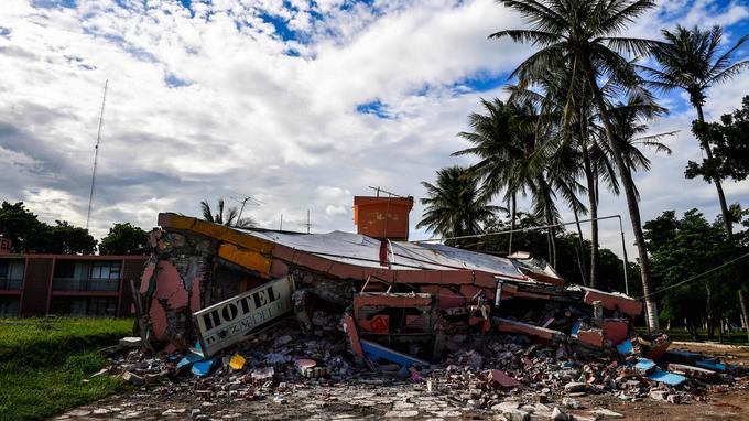 À Juchitan, d'incessantes répliques viennent fragiliser dangereusement des structures déjà endommagées.