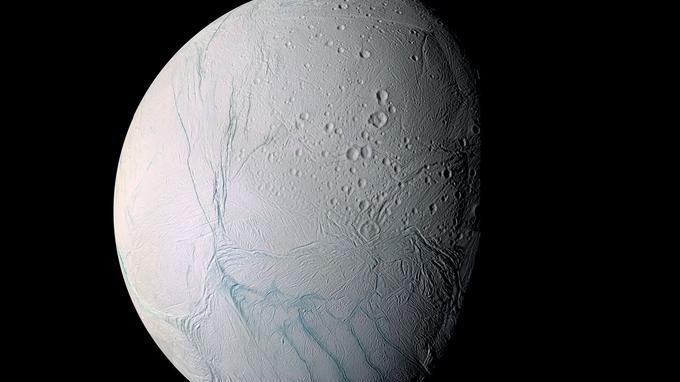 Date de publication originale: 9 mars 2006 <i>(Crédits: NASA/JPL/Space Science Institute)</i>