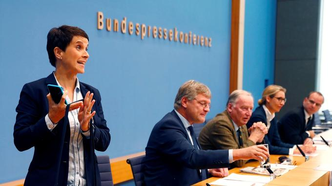 Frake Petry a annoncé lundi son refus de siéger au Bundestag en raison de déclarations du mouvement lors des élections législatives.