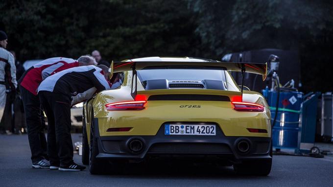 Porsche 911 GT2 RS : la plus rapide sur le Ring !