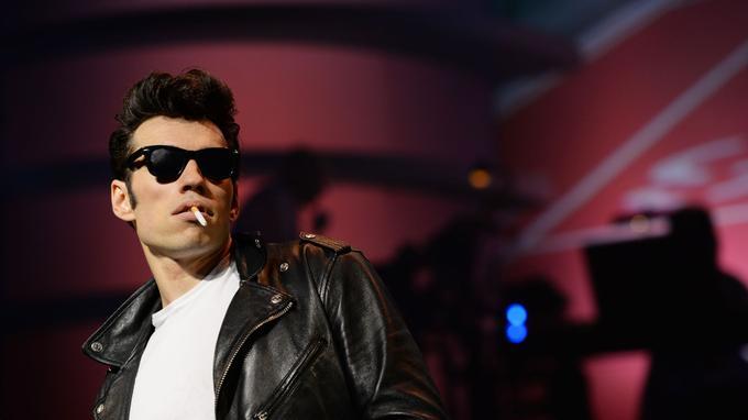Alexis Loizon (Danny Zuko) a retrouvé les rouflaquettes et les attitudes de Travolta. Crédits photo: Alessandro Pinna.