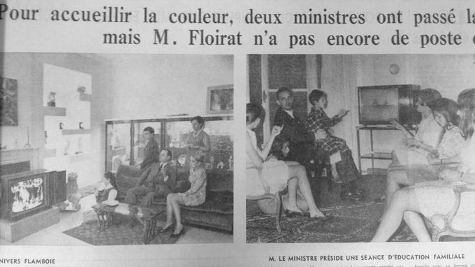 Le ministre de l'Information George Gorse et Alain Peyrefitte, ministre de l'Education accueillent la couleur en famille.