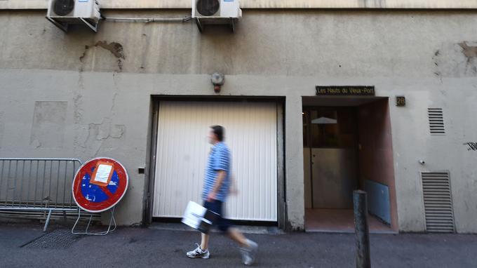 Le portable d'Ahmed Hanachi avait plusieurs puces — Attentat à Marseille