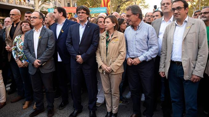 Le président du gouvernement catalan, Carles Puigdemont, était à la tête de la manifestation.