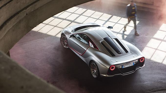 Le style de l'ATS GT est signé Emanuele Bomboi, un designer passé au Centro Stile Fiat.