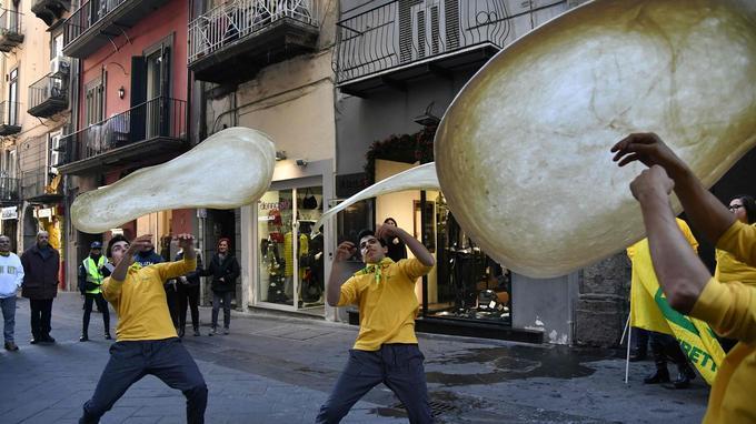 À Naples ce jeudi.
