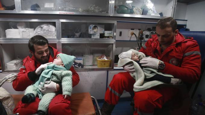 Plusieurs enfants ont été évacués de La Ghouta.