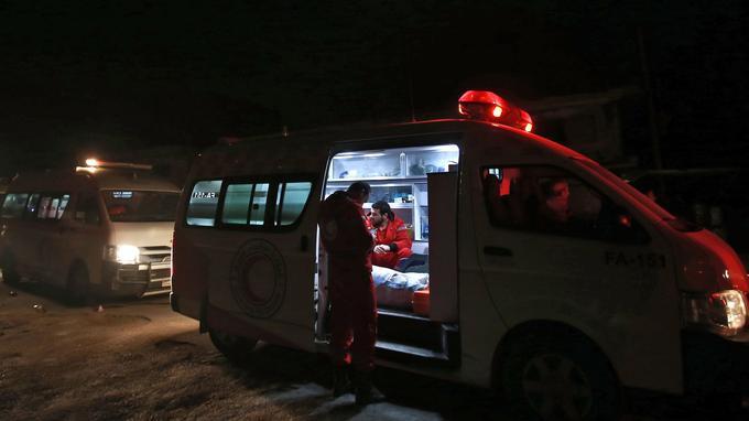Les malades ont été évacués par le Croissant-Rouge syrien et de Comité international de la Croix-Rouge.