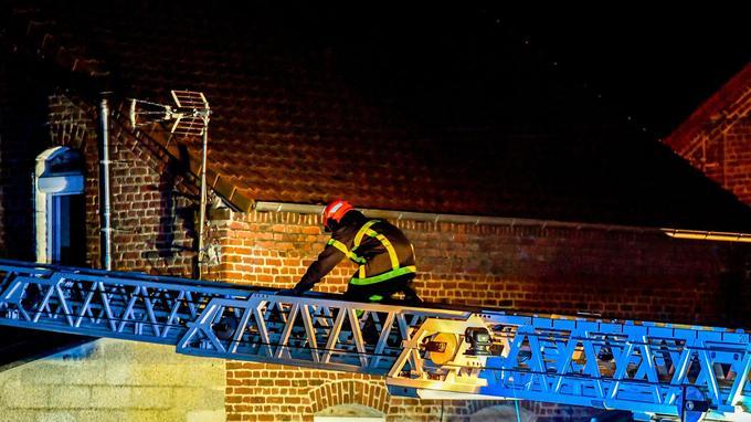 Quatre morts dans l'incendie d'une maison, dont deux pompiers — Pas-de-Calais