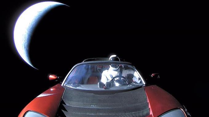 Bon voyage Starman!