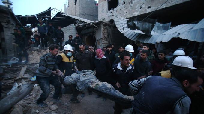 Quelque 300 «Casques blancs» sont mobilisés au sein de l'enclave rebelle de la Ghouta orientale.