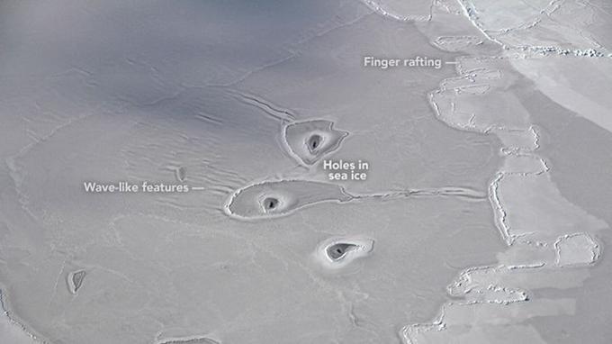 Trois trous dans l'Arctique intriguent la Nasa