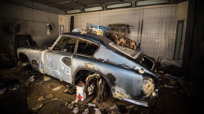 La XK 140 Michelotti telle qu'elle a été laissée après le décès de son propriétaire.
