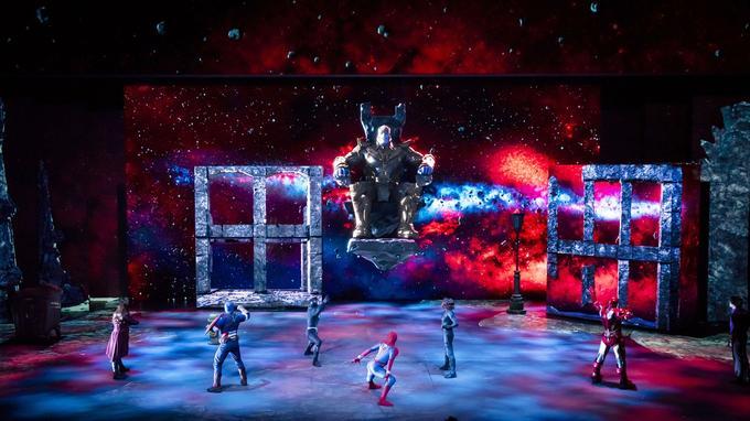 Le spectacle «Marvel: L'Alliance des Super Héros» au Studio Theater à Disneyland Paris.