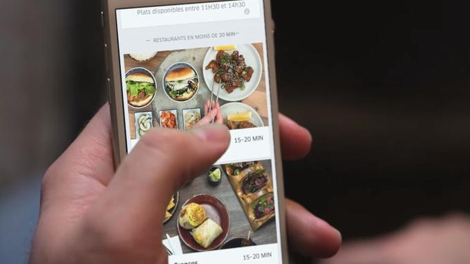 Uber se lance dans la livraison de repas en France