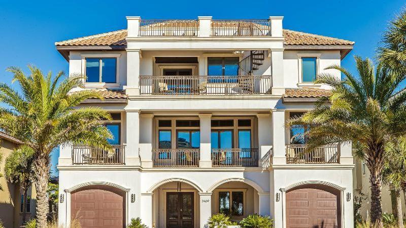 Tripadvisor d voile son palmar s des plus belles villas for Plus belle villa du monde