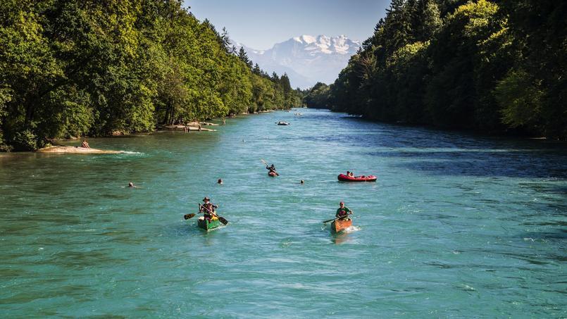 Brusino Arsizio Switzerland  city photos : Malgré une température plutôt tonique, la rivière Aar, longue de ...