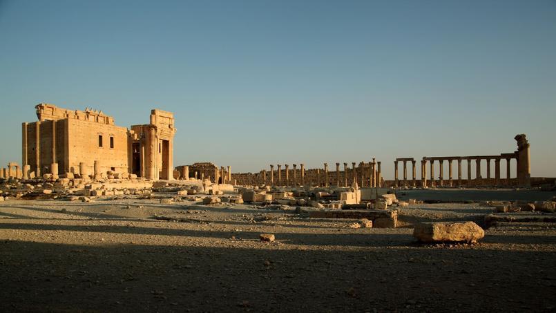 L'édifice le plus imposant de Palmyre est le temple hellénistique de Ba'al, construit en 32.