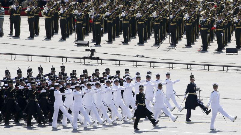 Près d'un millier de soldats étrangers russes, serbes, cubains, afghans, égyptiens, mexicains et vénézuéliens notamment ont pris part au défilé de jeudi.