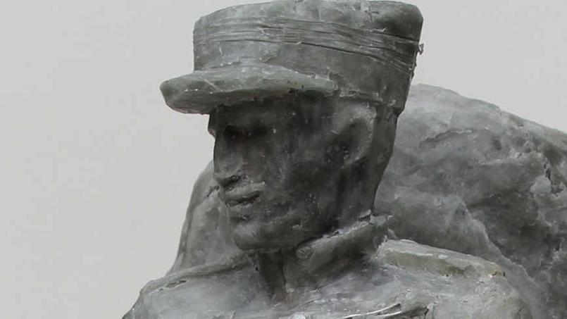 Voici le projet de monument qui va être érigé à Mulhouse en hommage au capitaine Dreyfus. - Sylvie Koechlin, sculpteur.