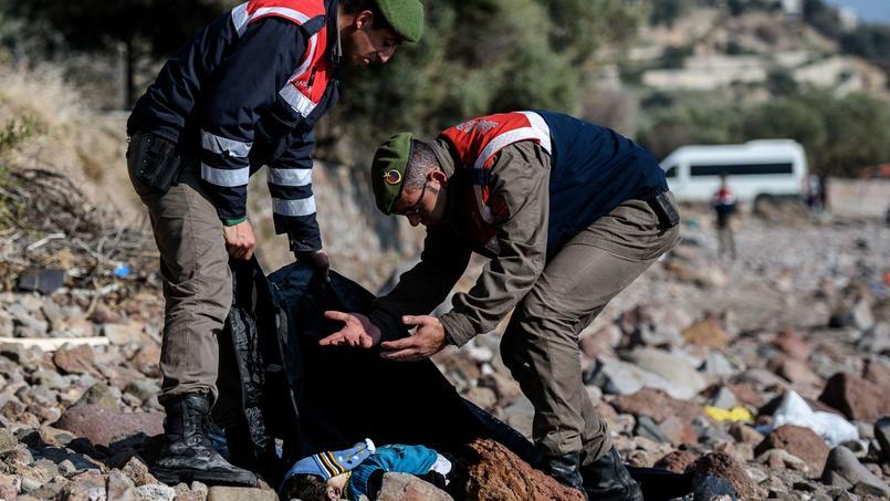 Mercredi déjà, sept personnes dont deux enfants s'étaient noyées au large de l'île de Kos.