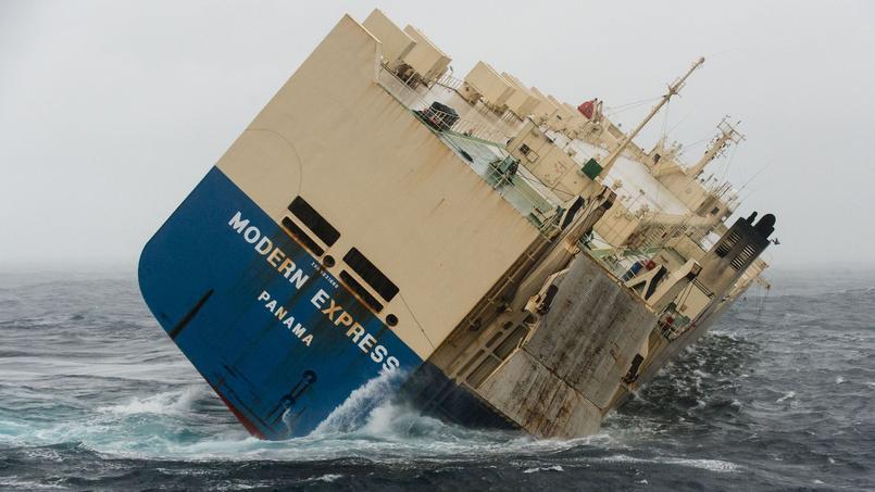 Si le câble n'est pas passé dans la journée, «le Modern express s'échouera sur la côte sableuse du département des Landes entre lundi soir et mardi soir».