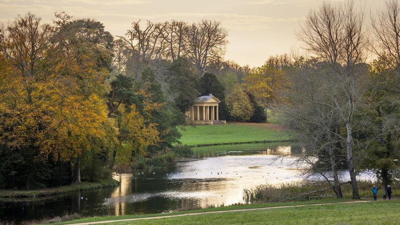 En 2016 les anglais f tent le jardin leur passion nationale for Jardin paysager anglais