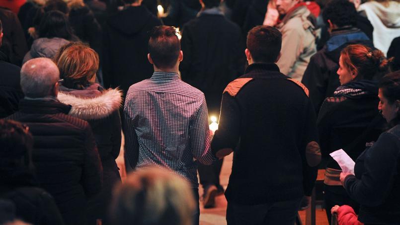 Vendredi soir lors d'une messe à Surgeres.