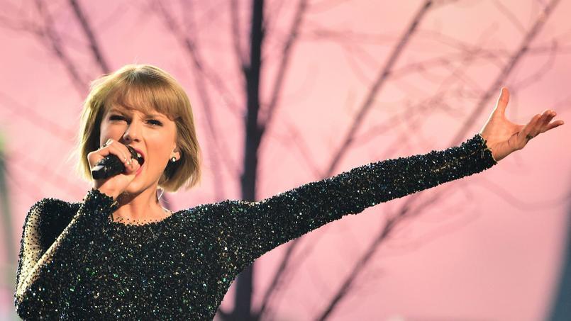 Taylor Swift est la seule chanteuse à avoir reçu à deux reprise le Grammy du «meilleur album de l'année».