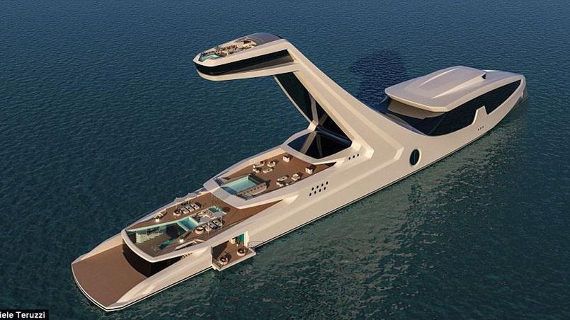 Un impressionnant yacht avec une piscine d bordement for Piscine la riche