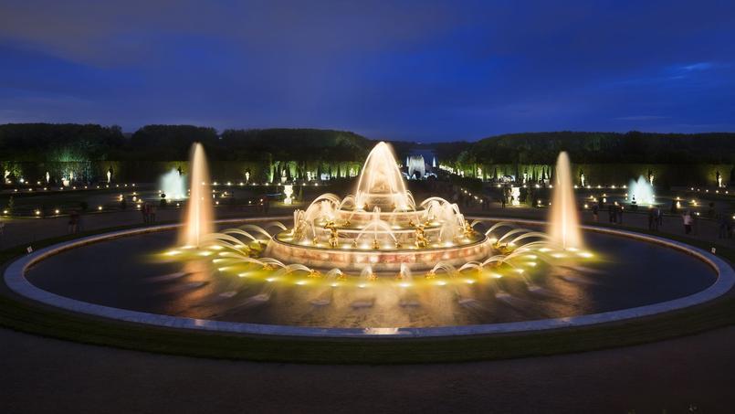 Jardin de versailles la f erie des grandes eaux nocturnes - Bassin en cuivre versailles ...