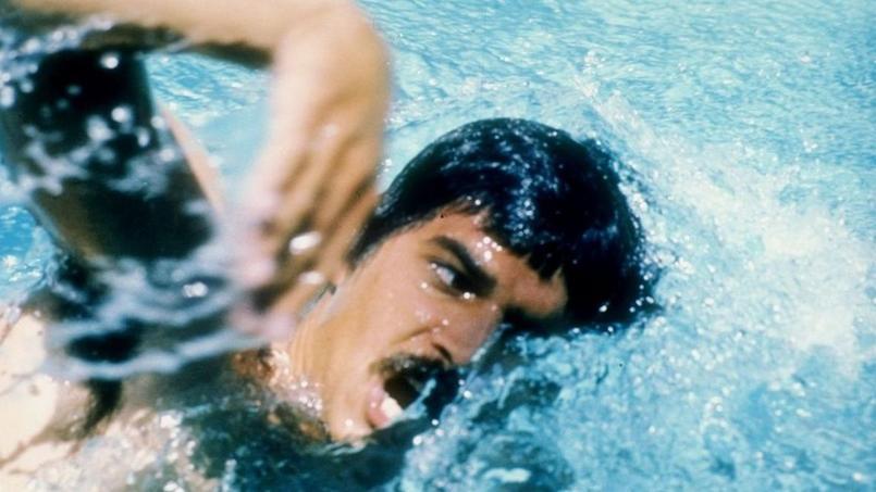 Munich en 1972. Mark Spitz et sa célèbre moustache en plein effort dans le bassin allemand. L