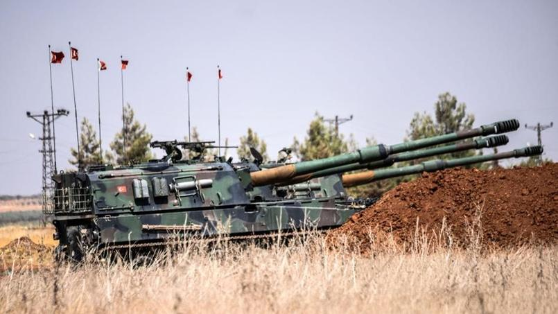 Des tanks de l'armée turque près de la frontière turco-syrienne le 3 septembre 2016.