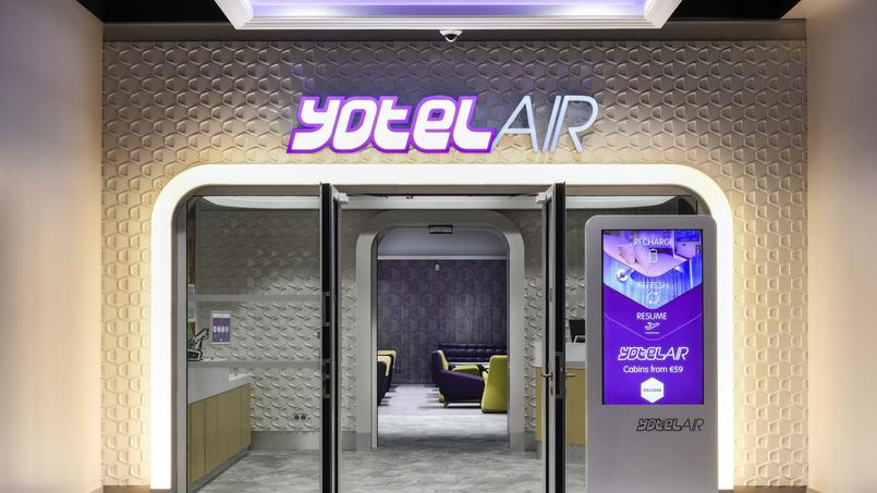 L'entrée de l'hôtel est au fond d'un nouvel espace ouvert à tous les voyageurs. ©Xavier Popy/REA