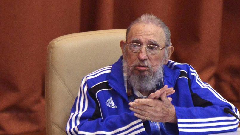Fidel Castro en suvêtement de sport Adidas.