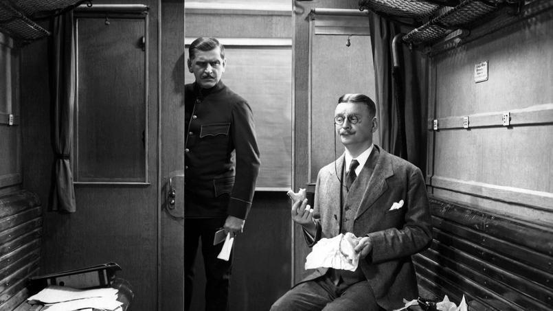 Symbole de la troisième classe, la banquette en bois. Ici, dans un train allemand dans les années 20.