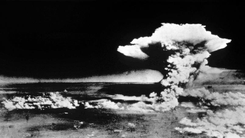 Le champignon atomique provoqué par l'explosion de «Little Boy» sur Hiroshima au Japon le 6 aout 1945.