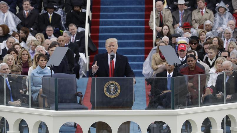 Donald Trump en plein discours lors de la cérémonie d'investiture, le 20 janvier 2017, à Washington.