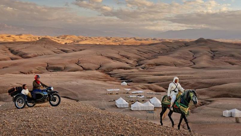 La moto permet de s'immerger dans de superbes paysages.