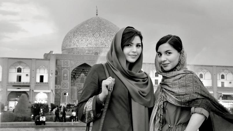 Sur la place royale, à Ispahan. © Lionel Taieb.