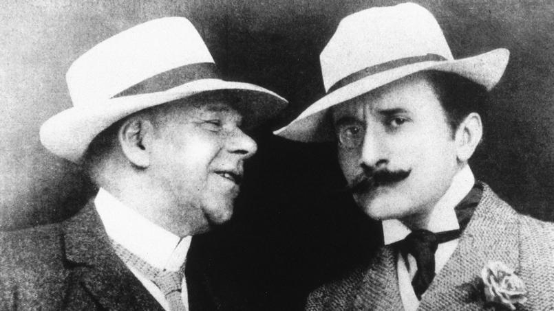 Edmond Rostand et Coquelin, dit l'aîné qui interpréta «Cyrano de Bergerac» en 1897. Le succès est tout de suite considérable.