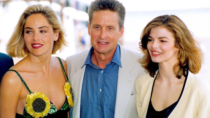 Sharon Stone, Michael Douglas et Jean Tripplehorn au Festival de Cannes le 11 mai 1992 pour le film «Basic Instinct» .